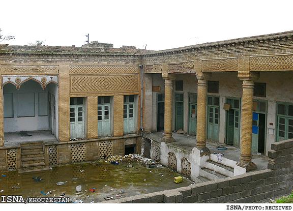 دوستداران میراث فرهنگی بهبهان برای موزه شدن «خانه محسنی» تلاش میکنند
